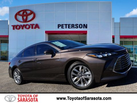 New 2019 Toyota Avalon Hybrid XLE Plus